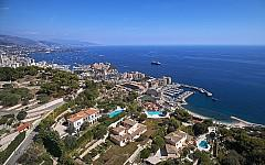 Luxury villa in private domain close to Monaco